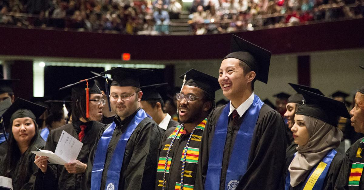 Fall commencement closes out semester with 1,324 new graduates